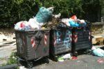 """Cancelli chiusi nella discarica di Lentini, a Messina è emergenza rifiuti: """"Chiediamo massima collaborazione ai cittadini"""""""