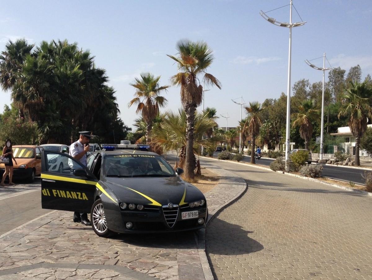 Catania, sequestrati oltre 2mila articoli contraffatti