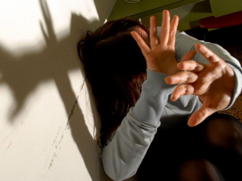 Palermo, tentata violenza su una 14enne. Arrestato 20enne incensurato