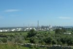 Forte inquinamento dell'aria, sequestrati 4 impianti: 19 indagati