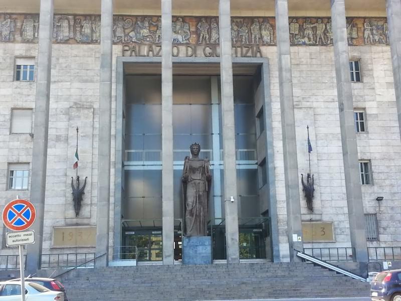 Tribunale di Catania, manifestazione degli Avvocati Liberi per chiedere libertà e dignità
