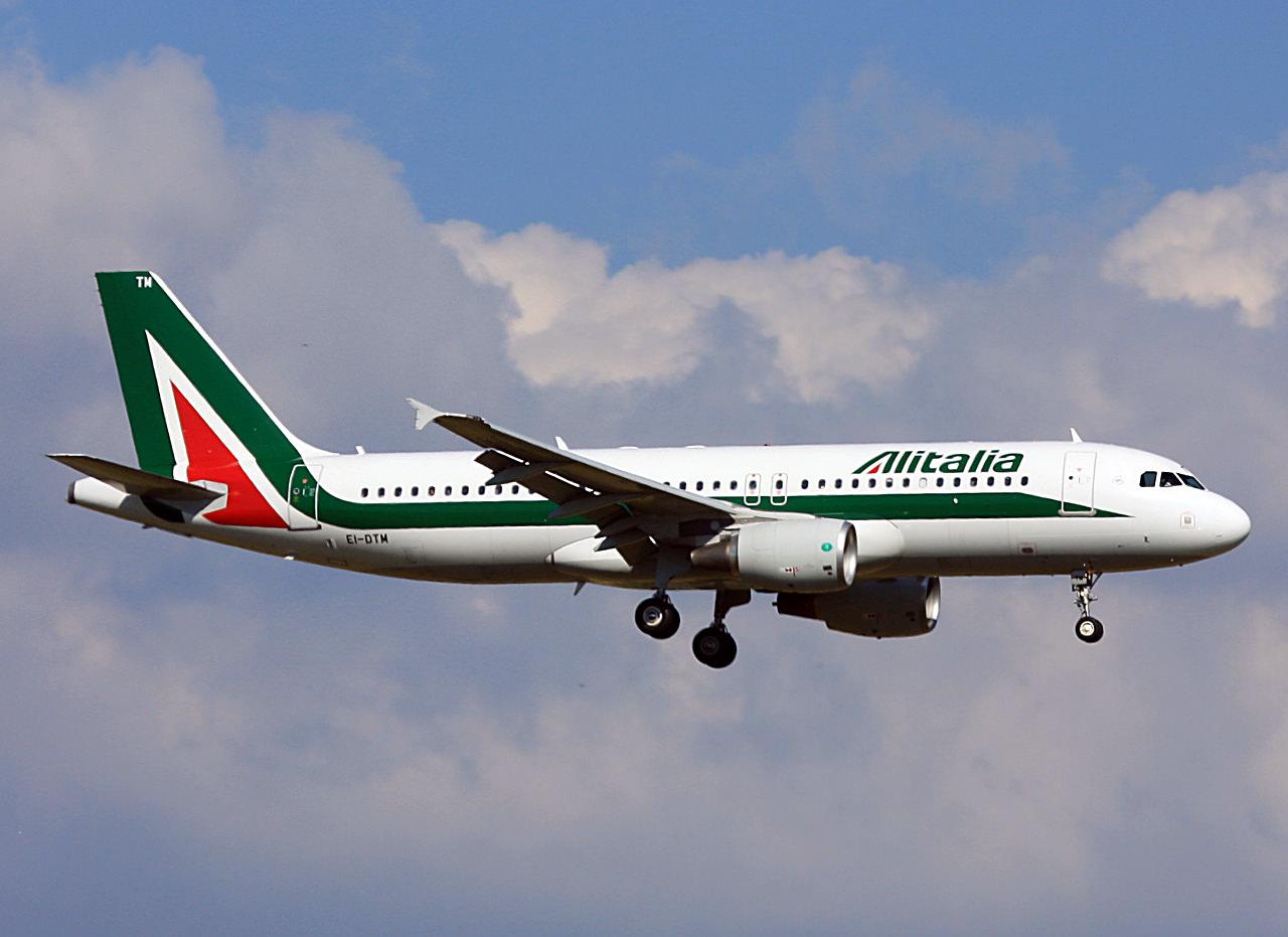Collegamenti aerei da e per la Sicilia: Alitalia incrementa voli da Catania e Palermo – INFO e DETTAGLI