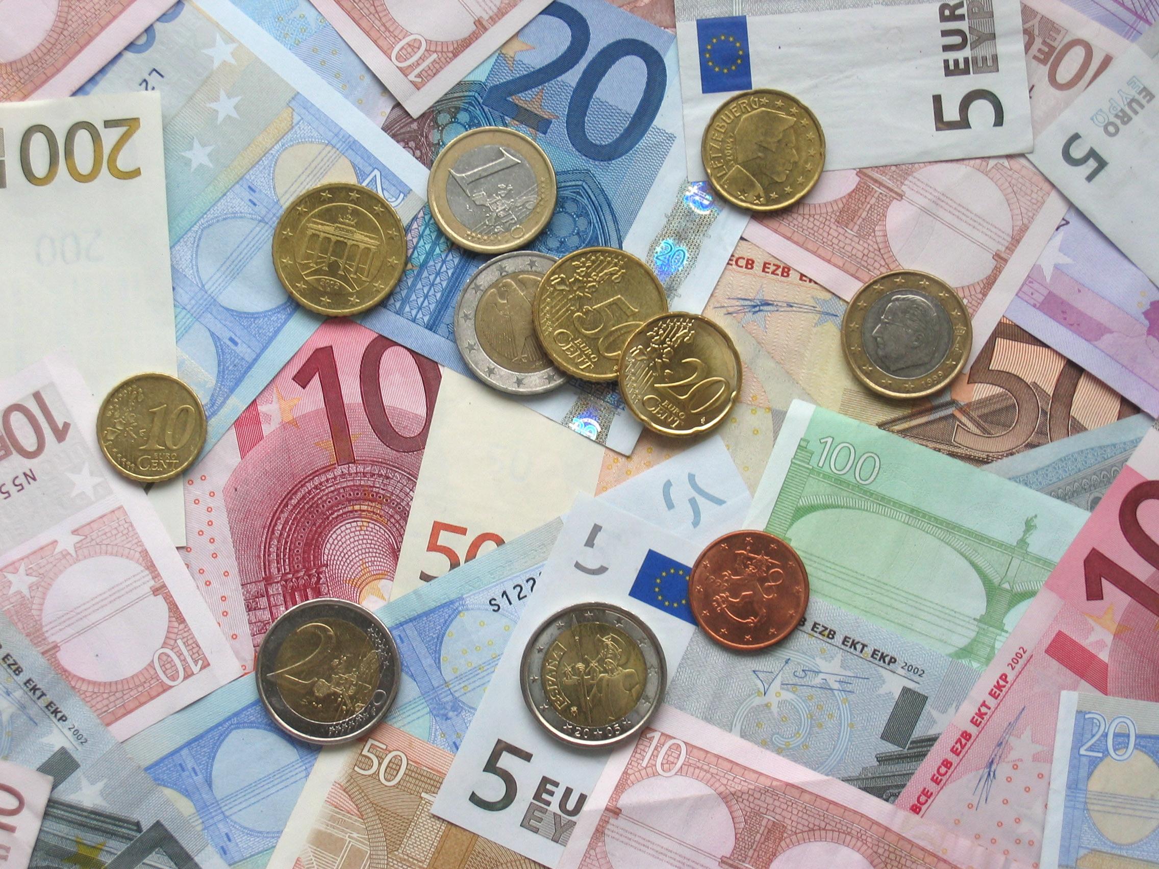 Nuova banconota da 10 euro: ecco come riconoscerla!