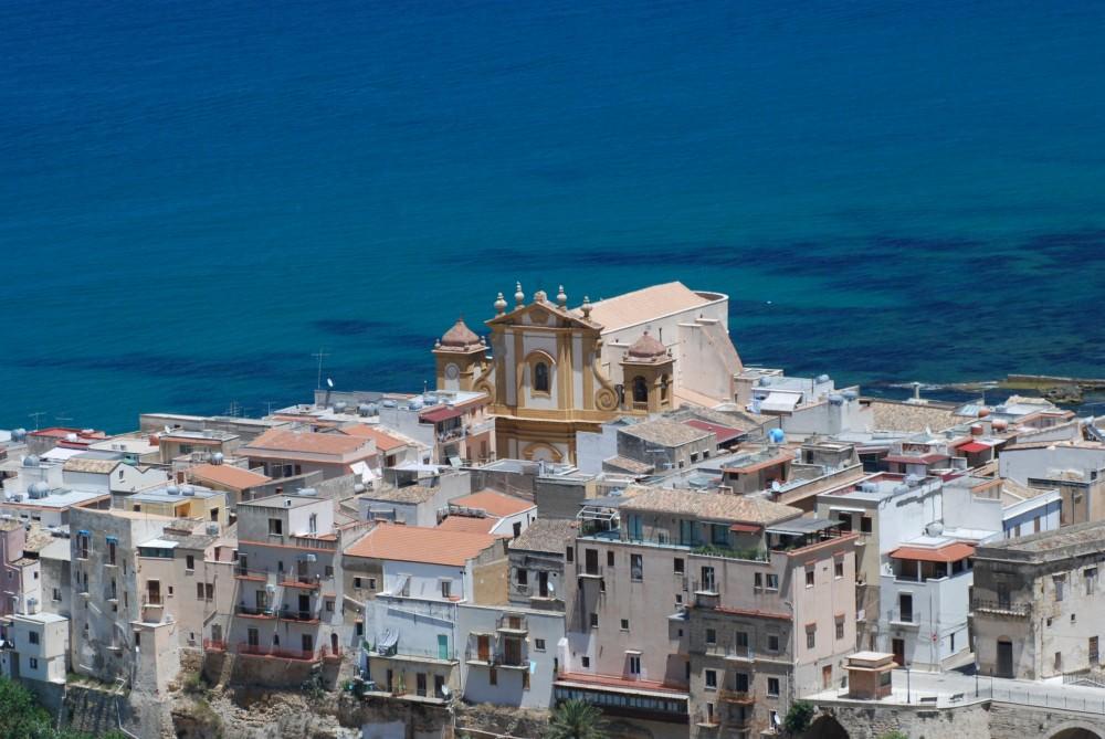 Beni confiscati alla mafia riassegnati a Castellammare del Golfo