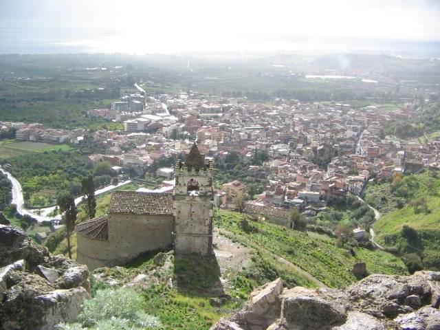 Marta Czok al castello di Calatabiano