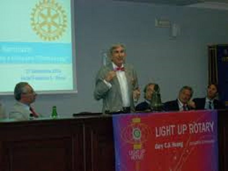 """Rotary, Vaccaro: """"Un Mediterraneo Unito nell'Amicizia"""""""