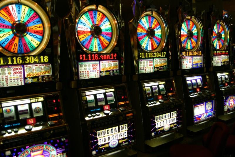 Slot machine: Fratelli d'Italia chiede alla Regione un giro di vite
