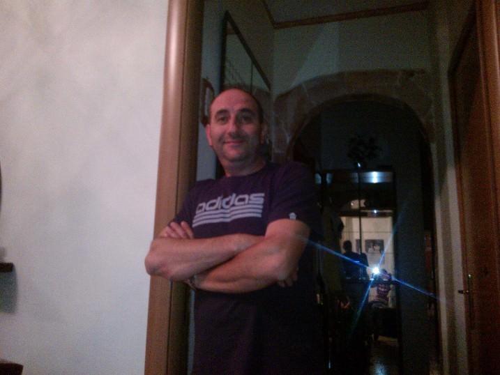 """Uccise la figlia di 12 anni nel Catanese per """"punire"""" l'ex moglie: Roberto Russo condannato all'ergastolo."""