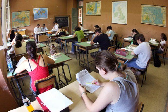 Catania, CISL, tagli a scuola: è un salasso