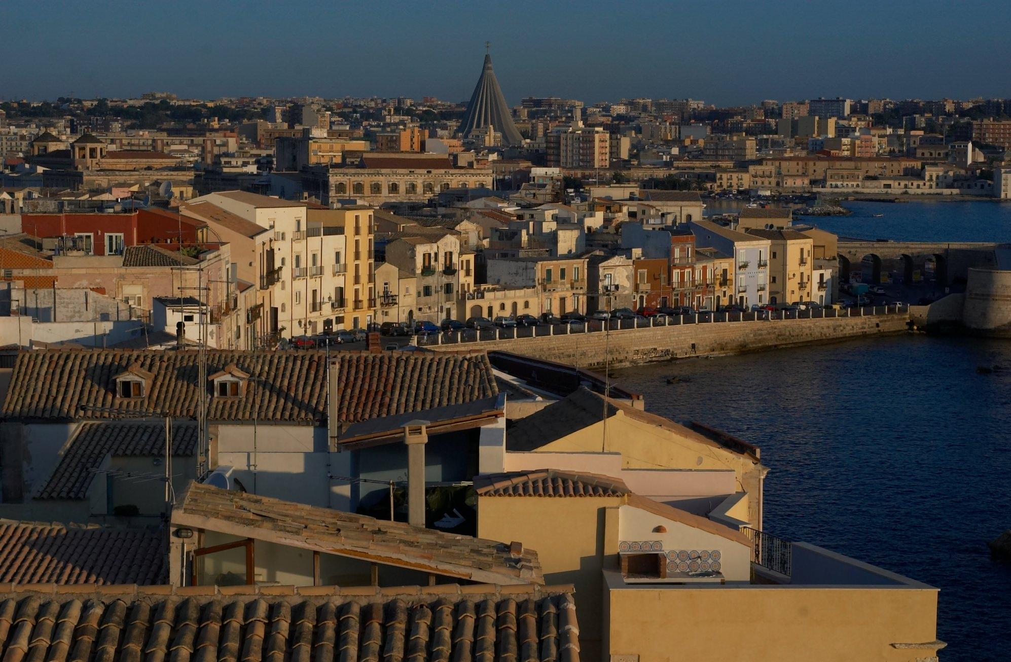 Compagnia spagnola gestirà servizio idrico a Siracusa
