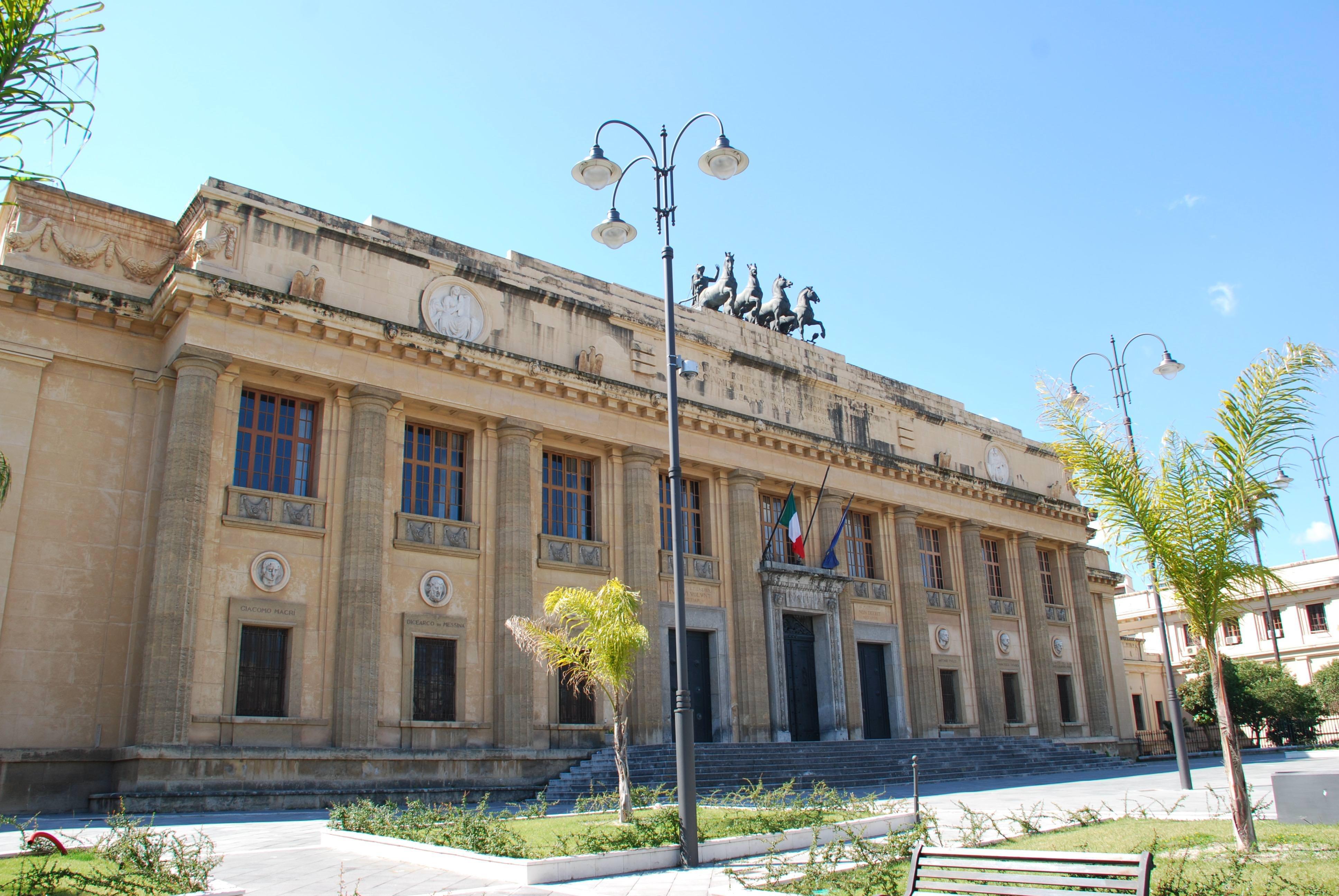 Assenteismo all'ex provincia di Messina: 39 condanne in primo grado