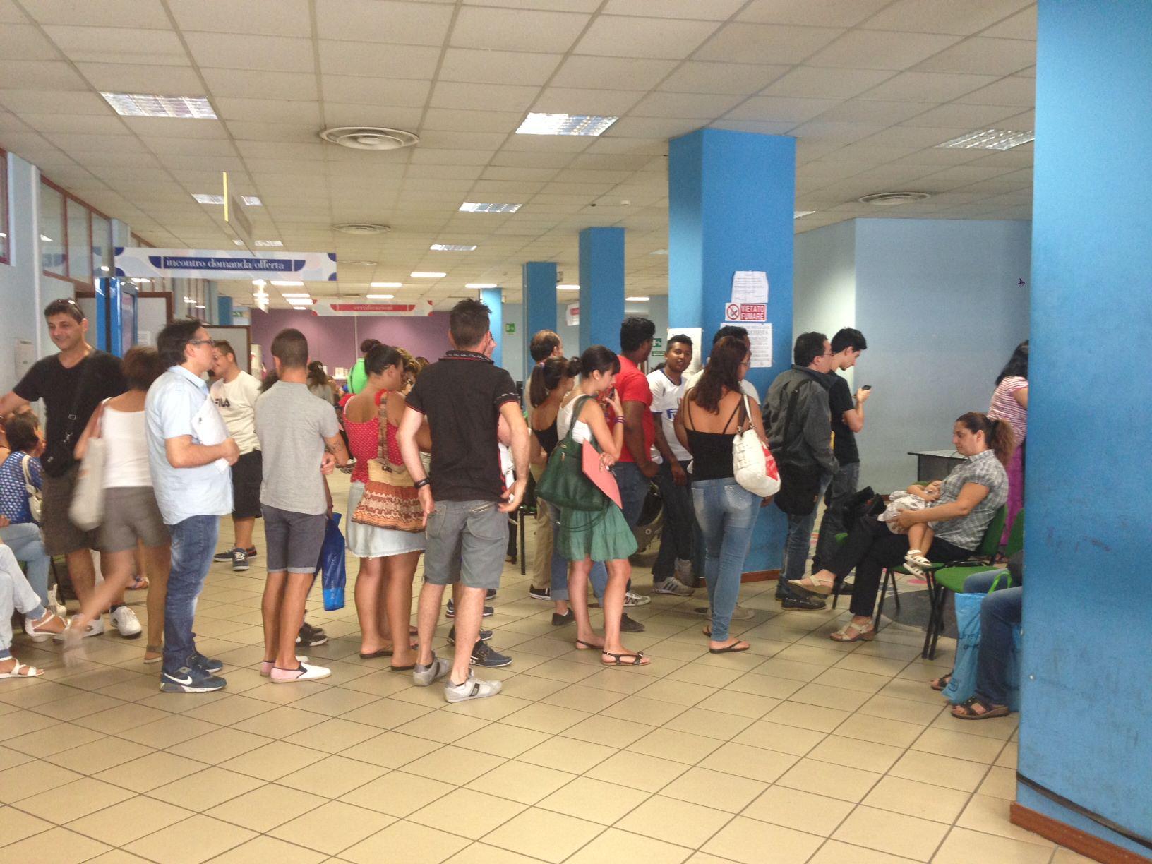 Ufficio Collocamento A Palermo : Palermo aggressione al collocamento: malmenati due dipendenti