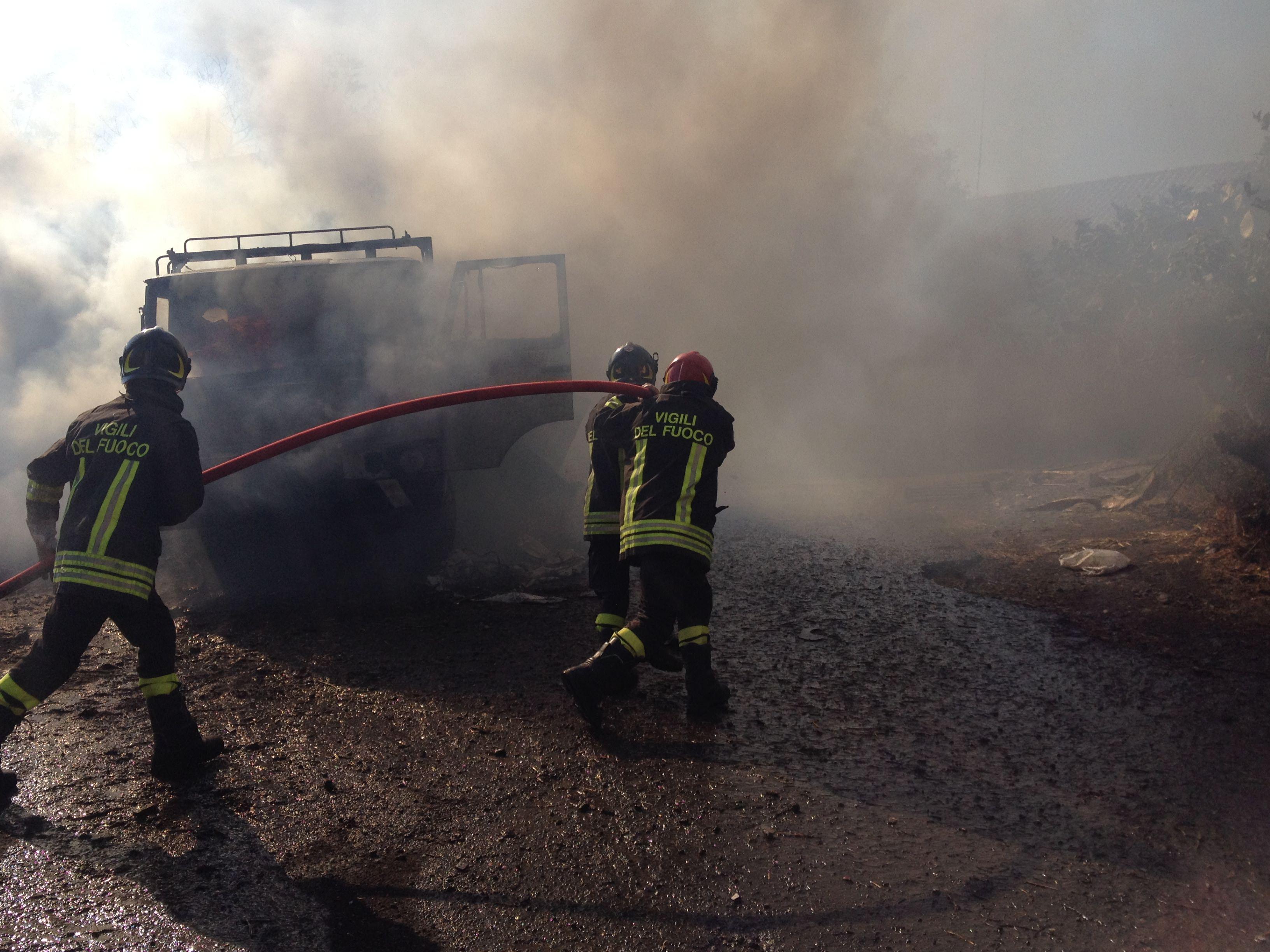 Incendi: chiusa per un'ora la Palermo-Agrigento