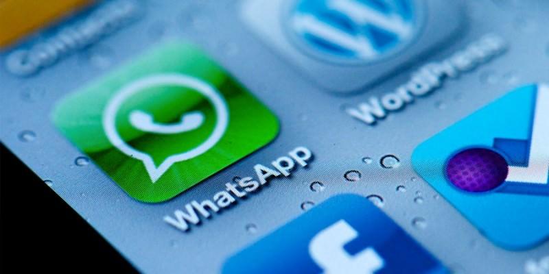 """Whatsapp: arriva il """"visualizzato"""" e i rapporti si complicano"""