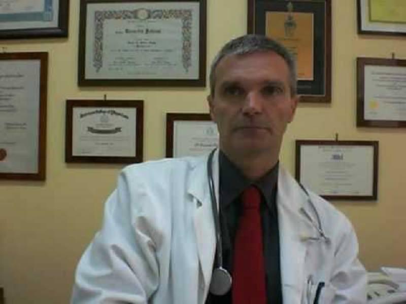 """Catania, il prof. Polosa: """"Nuoce solo ai fumatori guerra contro e-cig"""""""