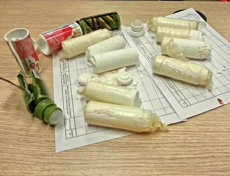 Trasportava cocaina all'interno di deodoranti: arresto a Fontanarossa