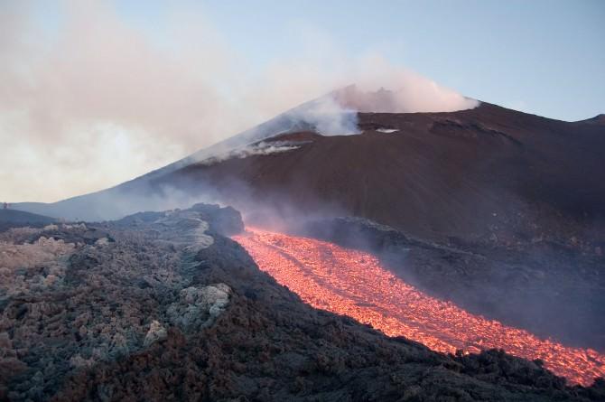 A Nicolosi 200 studiosi di ricerca e monitoraggio dei vulcani