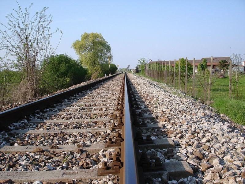 """Nuovi orari ferroviari: """"Gioie e dolori per i pendolari siciliani"""""""