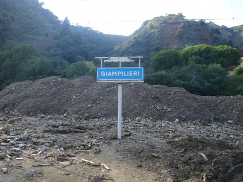 Giampilieri, burocrazia perde gli elenchi degli alluvionati e saltano i rimborsi!