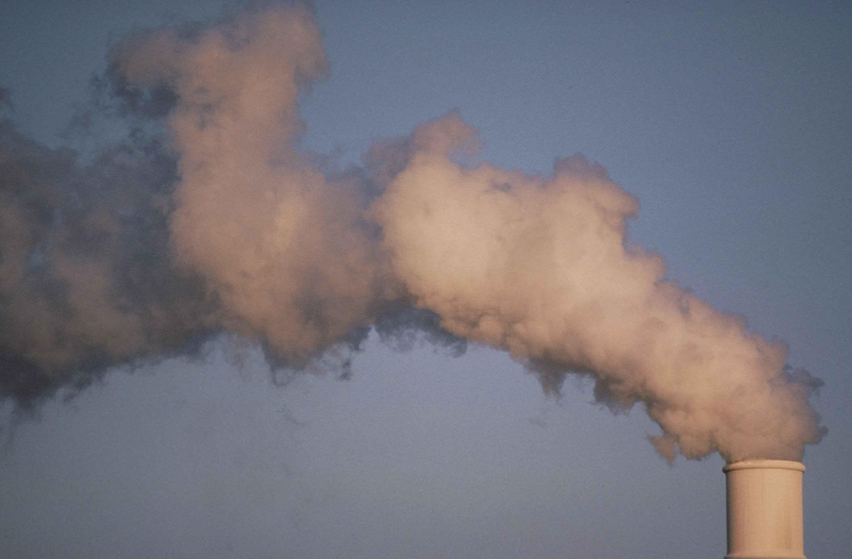 Pressione ambientale nelle città italiane: Catania maglia nera per potenziale inquinante auto e perdite idriche – i DETTAGLI