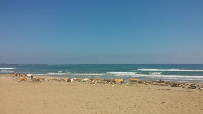 Catania, la donna uccisa alla Playa ancora sconosciuta. Ma si sa qualcosa