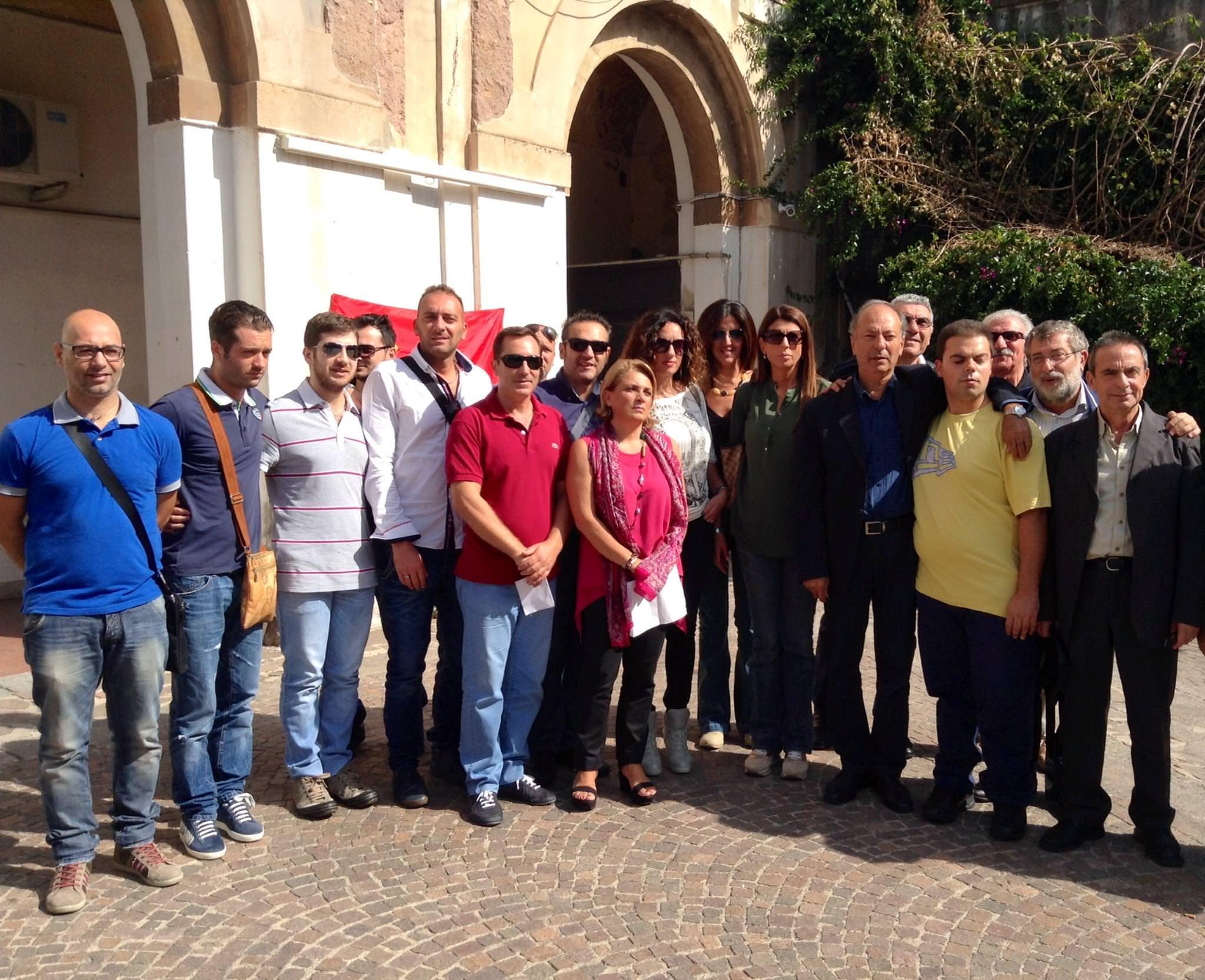 Catania, lavoratori Sims sul piede di guerra. Rischiano in 55