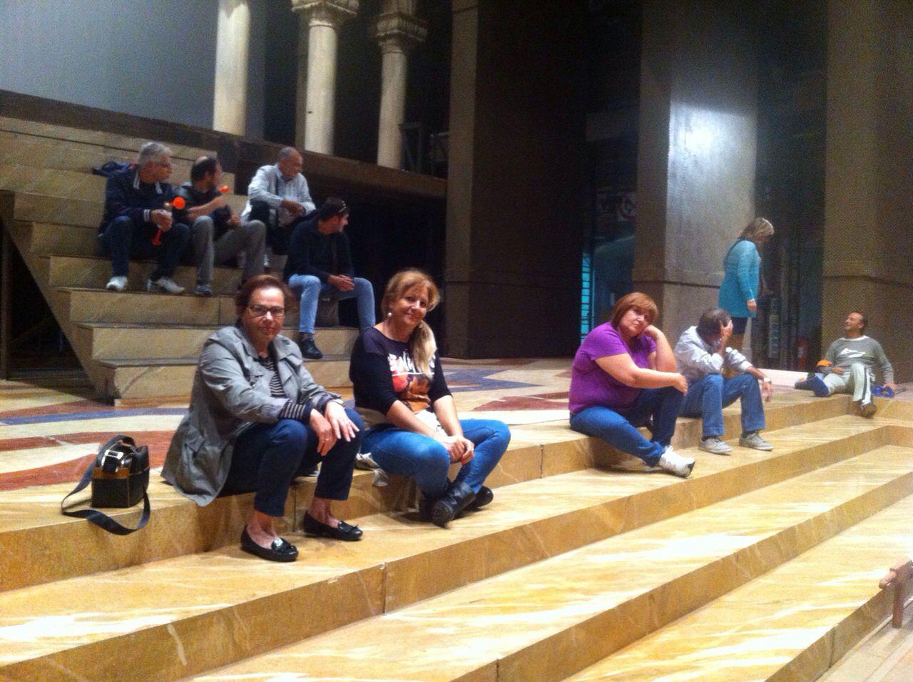 """Precari occupano il Teatro Massimo, non salta """"Capuleti e Montecchi"""""""