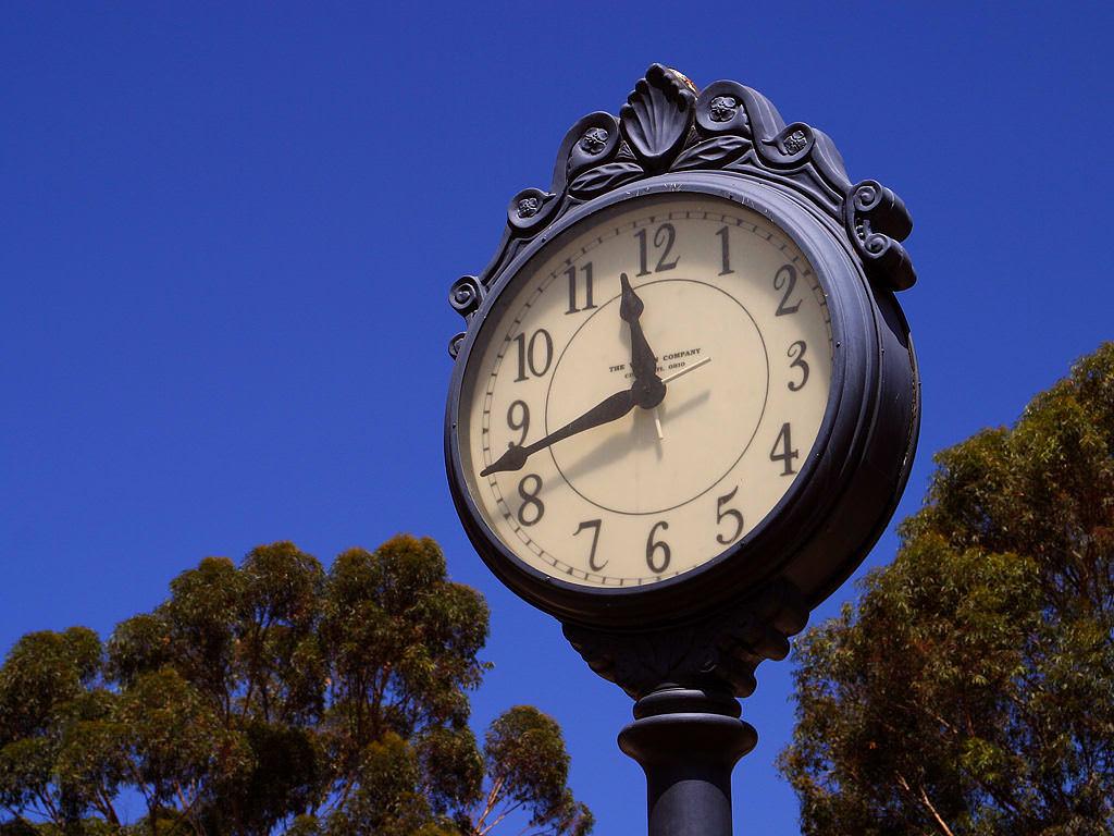 Spostate le lancette: torna l'ora solare e si dorme un'ora in più