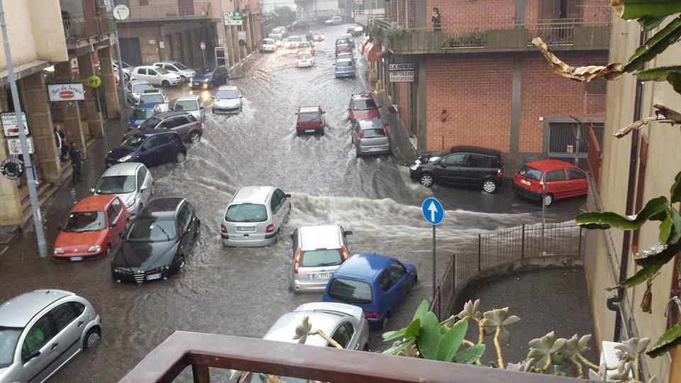 Pioggia tropicale a Catania e sulla costa jonica