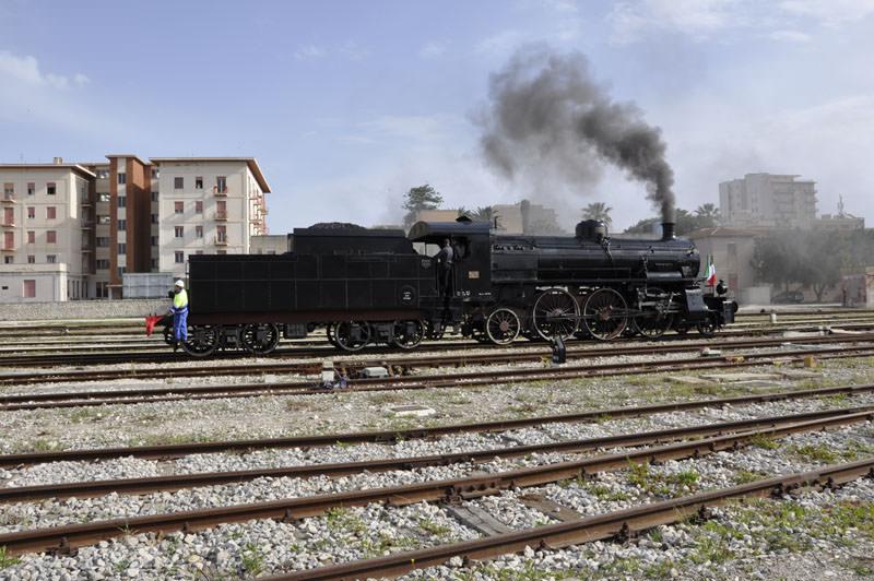 """Agrigento: """"Treno storico letterario del Kaos"""", un tuffo nel passato"""