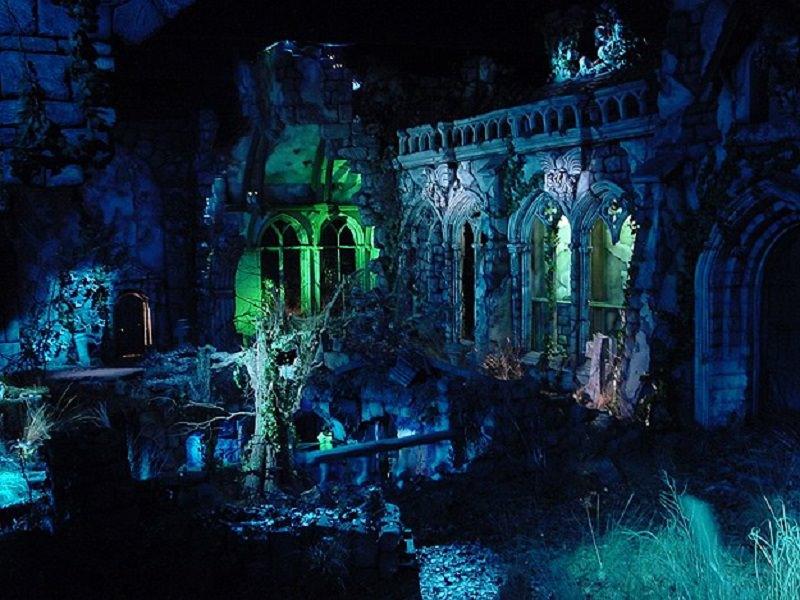 Ragusa, festa di Halloween in chiesa abbandonata, 8 denunciati