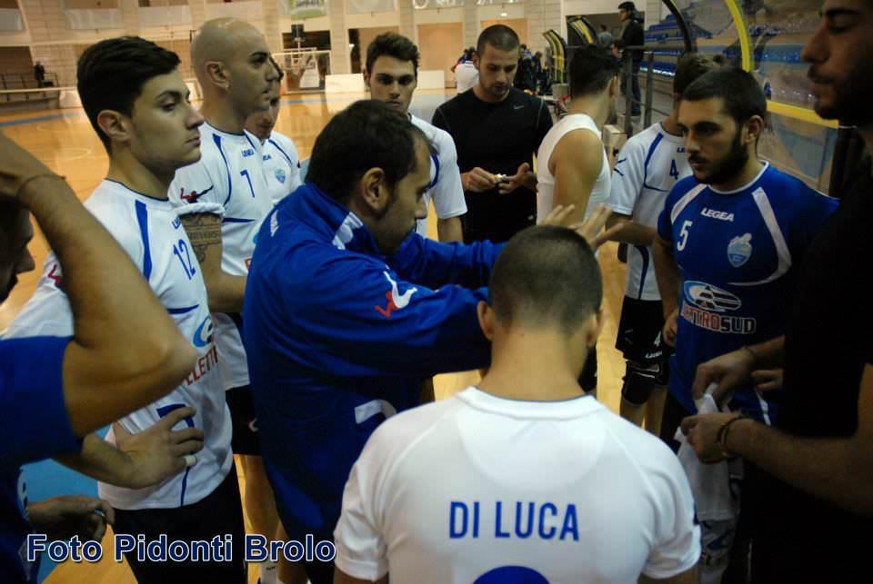L'Elettrosud Volley Brolo fa un passo indietro ed esce sconfitta 3 a 0 contro la capolista
