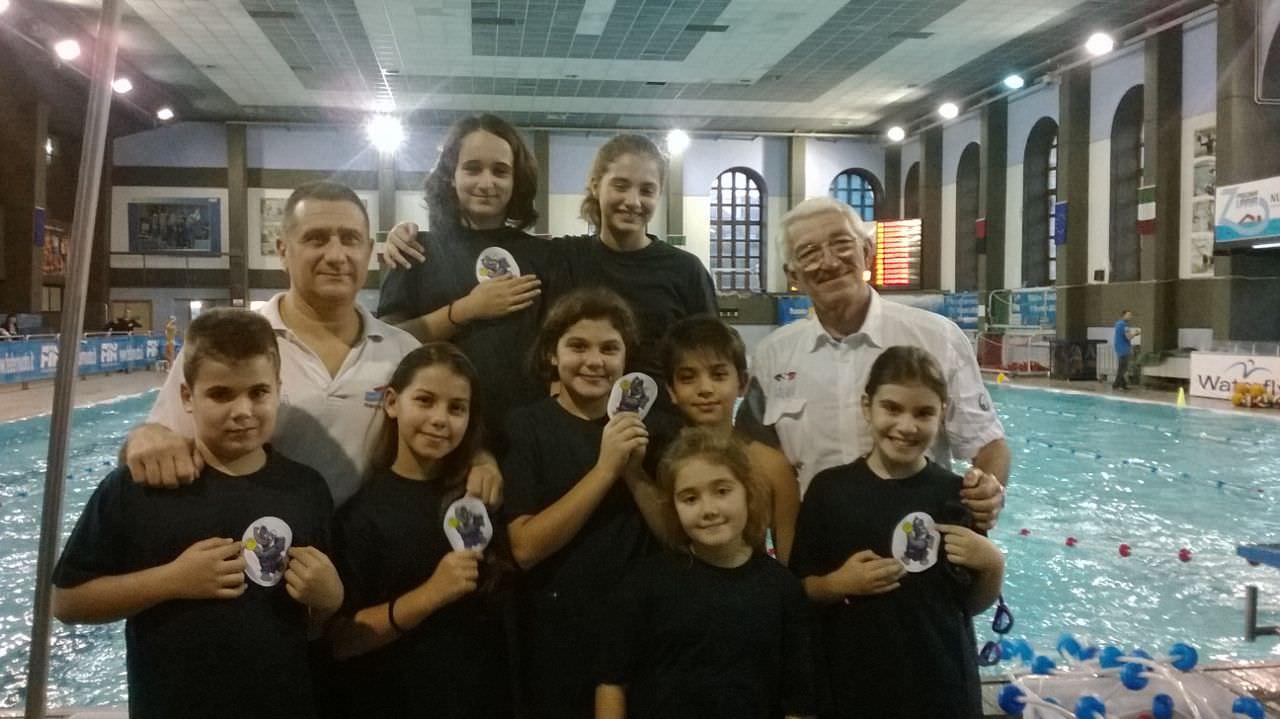 Le giovanissime della Nuoto Catania in vasca nel meeting di Paternò