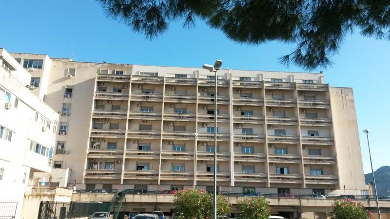 L'ospedale non ha spazio per i pazienti Covid, chiudono i reparti di Ostetricia e Ginecologia: l'immediata sospensione al Cervello di Palermo