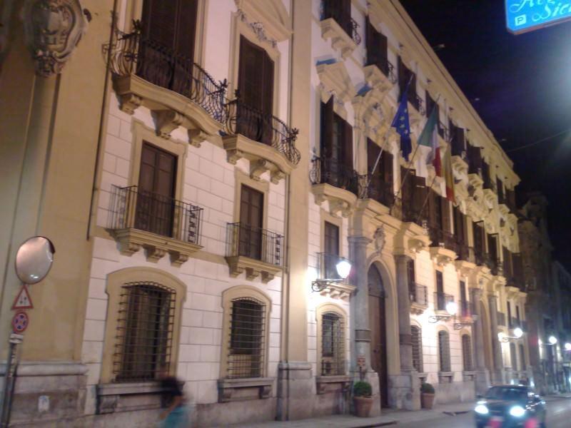 Palermo, dipendente addetta alle pulizie positiva: chiuso il Palazzo Comitini