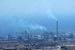 Inquinamento petrolchimico, sequestrati due stabilimenti e due depuratori: 19 indagati