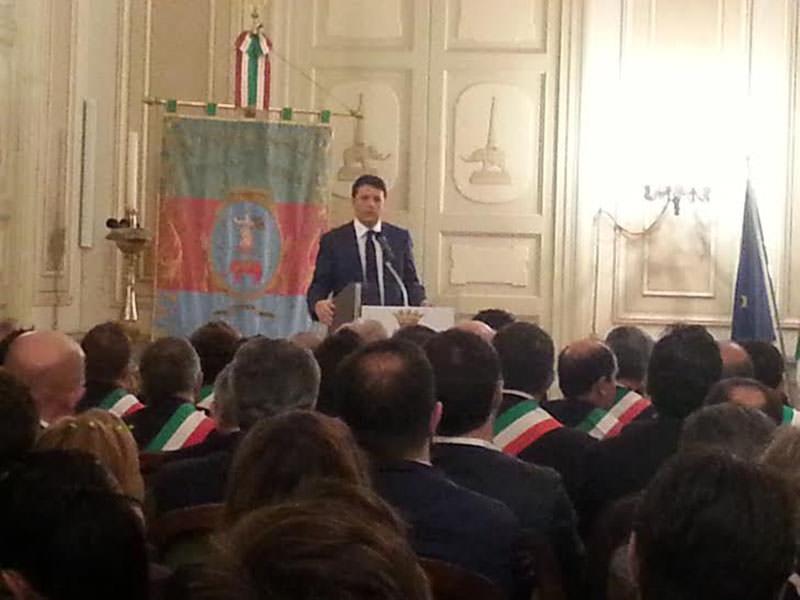 Gli incontri di Matteo Renzi a Catania. I VIDEO