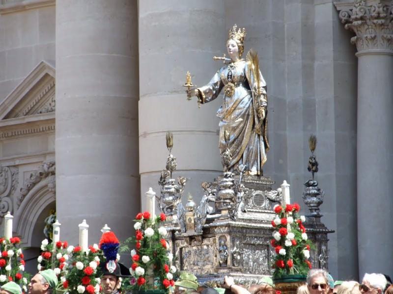 Santa Lucia ritorna in elicottero a Siracusa il 14 dicembre