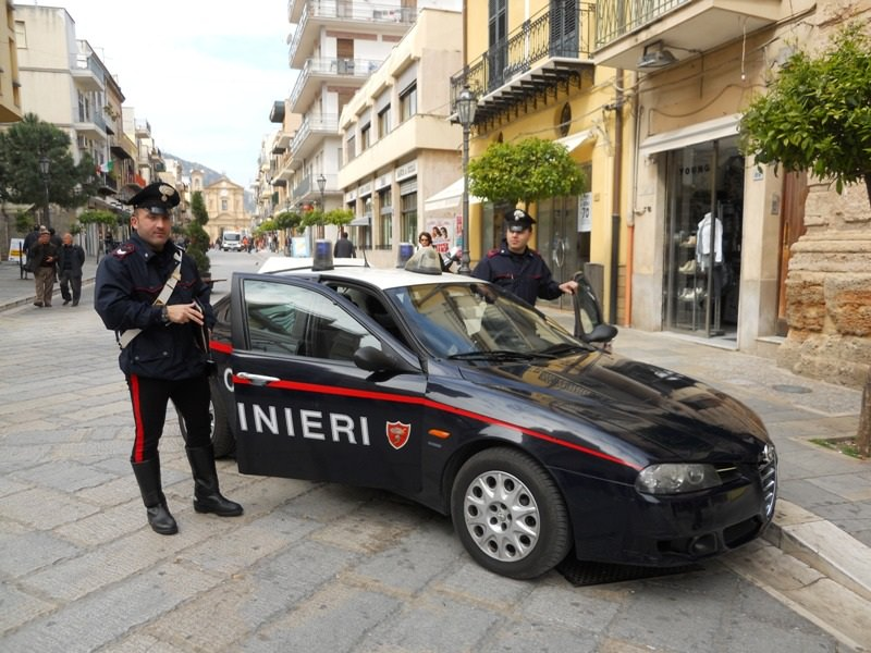 "Modica, tentato furto con sparatoria. Arrestati due ""topi"""