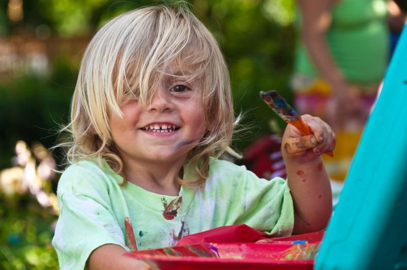 Bambini più intelligenti: genetica, fattori ambientali o nuove strategie educative? La crescita e il rapporto con lo spazio, il tempo e gli altri