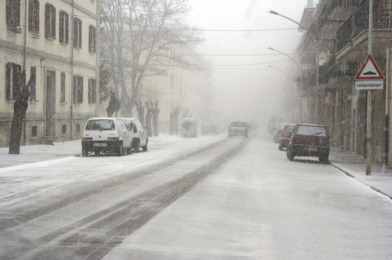 Nuova allerta meteo: ancora neve in Sicilia, strade interrotte