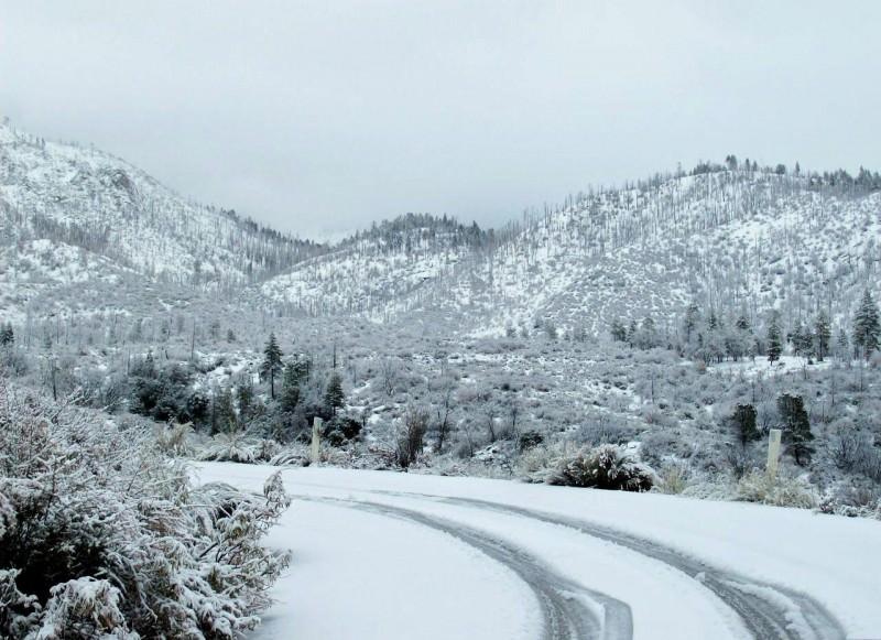 Meteo Sicilia domani, pioggia e neve su buona parte dell'Isola. Temperature in picchiata, gelo ovunque