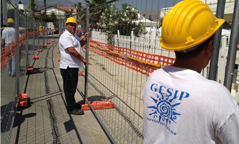 Inizio 2015 positivo: 100 lavoratori ex Gesip firmano contratto