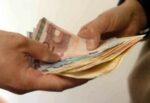 È ai domiciliari, ma evade per estorcere denaro a imprenditori: arrestato 45enne siciliano