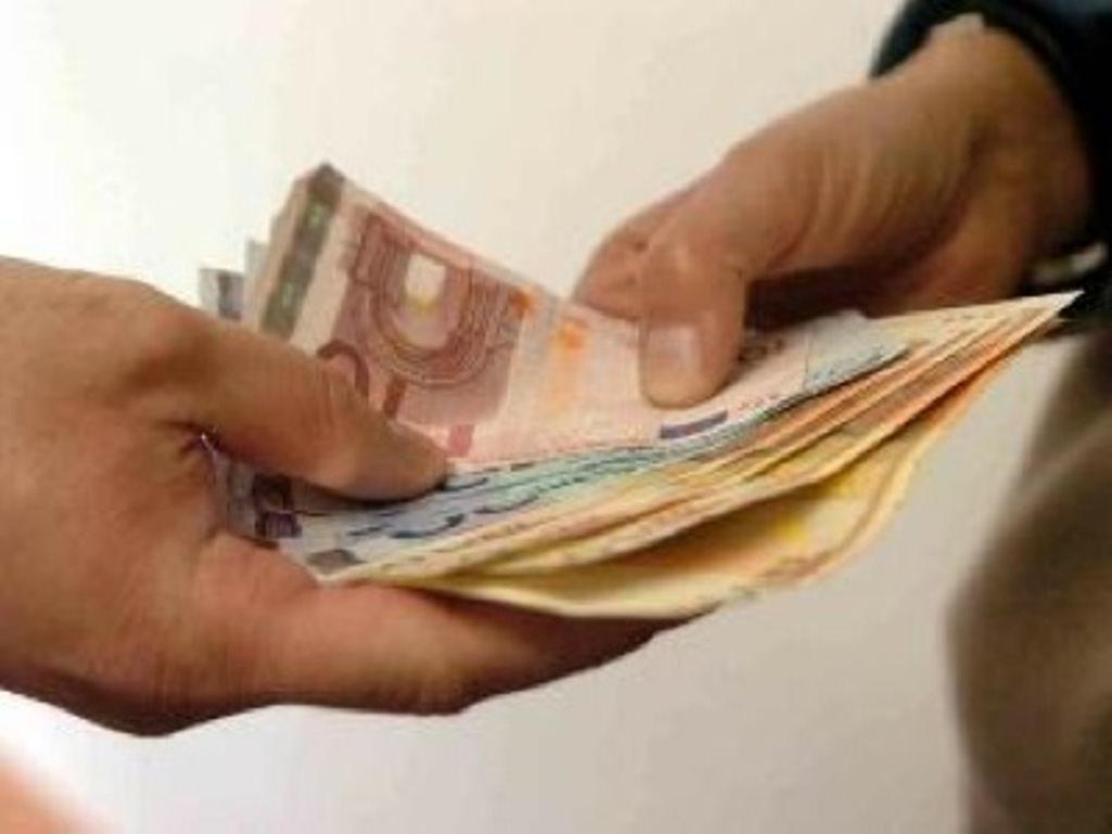 Chiedono 250 euro per consegnare motorino rubato: segnalati 3 minorenni