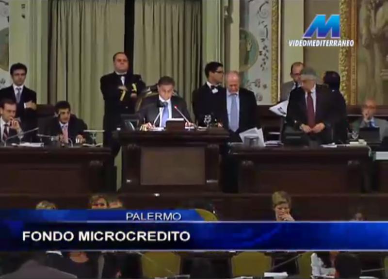I deputati M5S rinunciano a parte dello stipendio per istituire fondo di microcredito