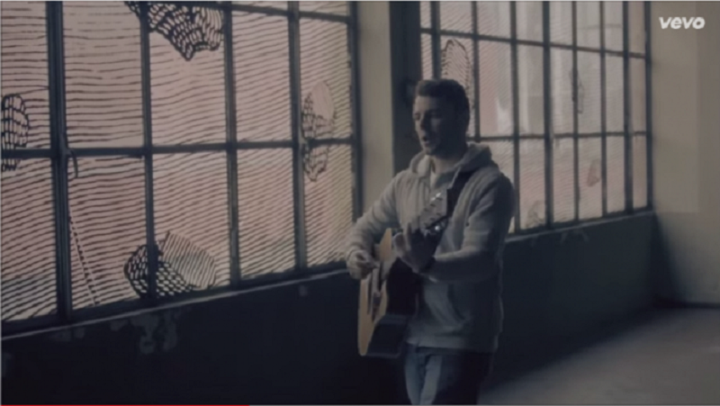 "Lorenzo Fragola, oggi alle 15 la pubblicazione del video ""The reason why"" su Vevo"