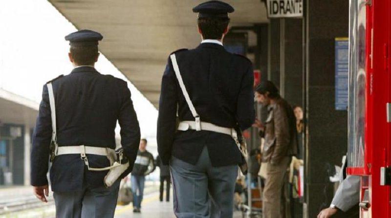"""""""Arrestatemi!"""", grido disperato d'un senza tetto alla Polfer di Catania"""