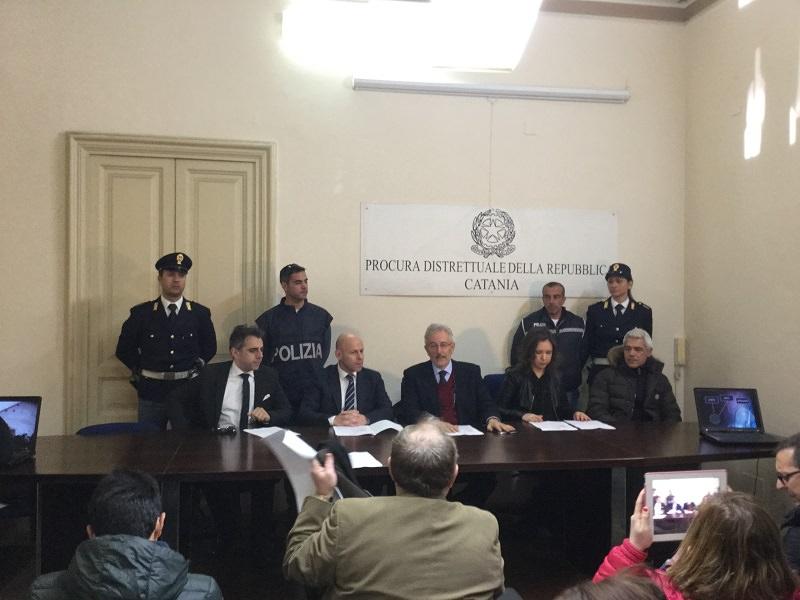 Gestivano traffico internazionale di stupefacenti: in manette 16 affiliati ai Santapaola-Ercolano