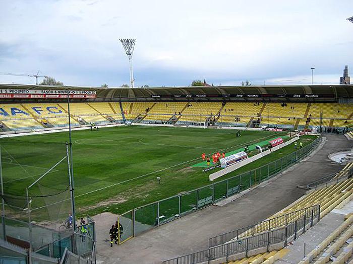 Modena-Catania si gioca a marzo ma polemiche restano